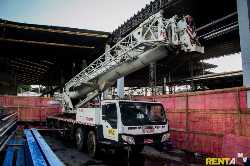 Locação de guindaste 70 toneladas